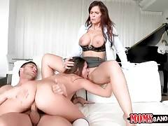 Seth Gamble fucks Cassidy Klein and Syren Demer one by one.